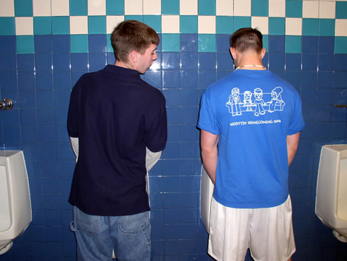 uncomfortable urinals-stage fright